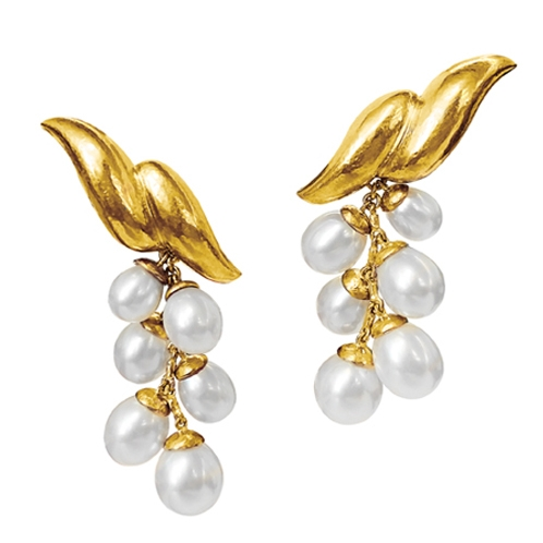 Double-Wave-Pendant-Earclips-Virgin-Gold-Pearl-2018-lo-res_498x498_acf_cropped